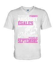 septembre toutes-les-femmes V-Neck T-Shirt thumbnail