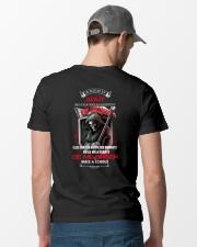 de me briser mai a choue aout Classic T-Shirt lifestyle-mens-crewneck-back-6