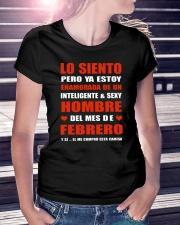 febrero inteligente sexy Ladies T-Shirt lifestyle-women-crewneck-front-7