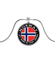 Norwegian Story Metallic Circle Necklace thumbnail