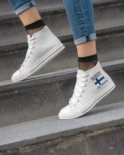 Finn Wants A Cabin Women's High Top White Shoes aos-complex-women-white-top-shoes-lifestyle-04