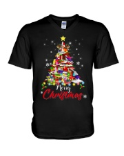 MERRY CHRISTMAS TO BOOK LOVERS V-Neck T-Shirt thumbnail