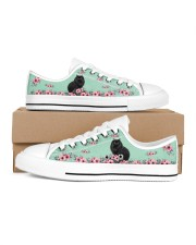 Black cats  LOW TOP SHOES Women's Low Top White Shoes inside-right-outside-right