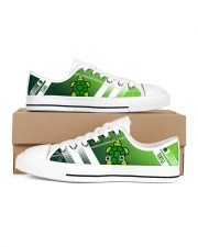 TURTLE LOW TOP SHOES Women's Low Top White Shoes inside-right-outside-right