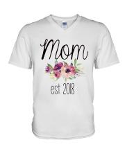 MOM EST-2018 V-Neck T-Shirt thumbnail