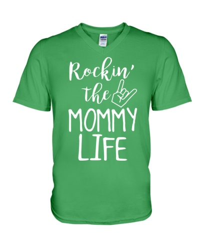 ROCKIN' THE MOMMY LIFE