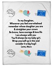 TO MY DAUGHTER LOVE MOM Fleece Blanket tile