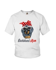 Dachshund Mom Youth T-Shirt tile