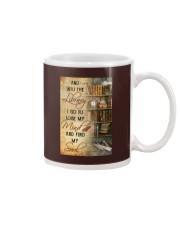 INTO THE LIBRARY I GO - POSTER Mug tile