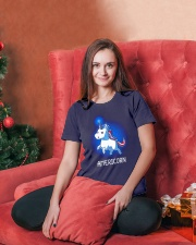 AMERICORN Ladies T-Shirt lifestyle-holiday-womenscrewneck-front-2