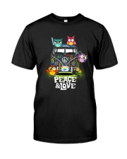 PEACE AND LOVE - OWL Classic T-Shirt front