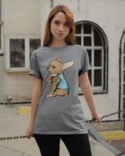 Chihuahua I Love Dad Classic T-Shirt apparel-classic-tshirt-lifestyle-19
