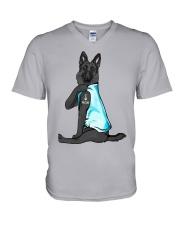 Black German Shepherd I Love Mom V-Neck T-Shirt thumbnail