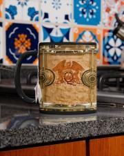 qu-drump-dvhd-pml Mug ceramic-mug-lifestyle-52