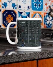 All heat 92 dvhd-dqh Mug ceramic-mug-lifestyle-52