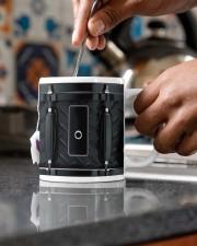 lar-ulr-drum-blk-dvhd-nth Mug ceramic-mug-lifestyle-60