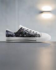 Delor future shoe dvhd-pml Men's Low Top White Shoes aos-complex-men-white-high-low-shoes-lifestyle-inside-right-03