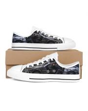 Delor future shoe dvhd-pml Men's Low Top White Shoes inside-right-outside-right