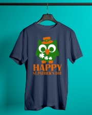 Happy Saint Patrick's day owl shamrock Tee Classic T-Shirt lifestyle-mens-crewneck-front-3
