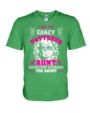 The crazy aunt loves tattoos V-Neck T-Shirt front