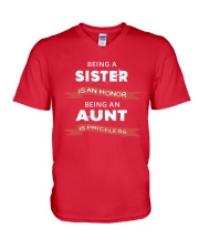 Honor sister being priceless aunt ever V-Neck T-Shirt front