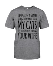CAT WIFE Classic T-Shirt thumbnail