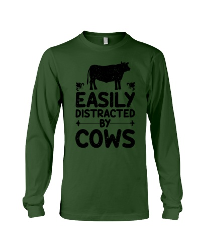 easily distracted by cows t-shirt