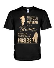 VIETNAM VETERAN - GRANDPA PRICELESS V-Neck T-Shirt thumbnail