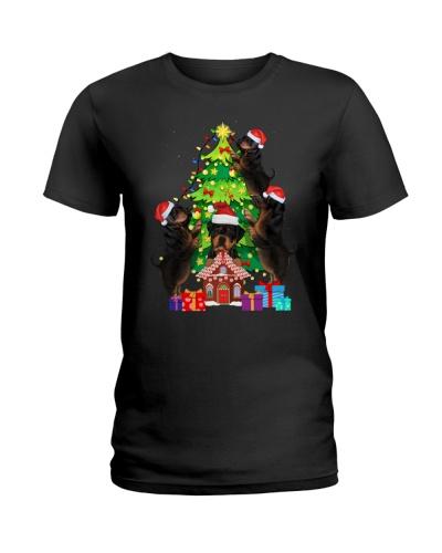 Rottweiler Christmas Tree