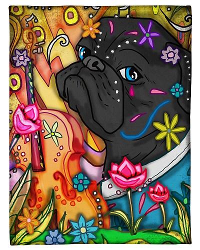 Pug hippie