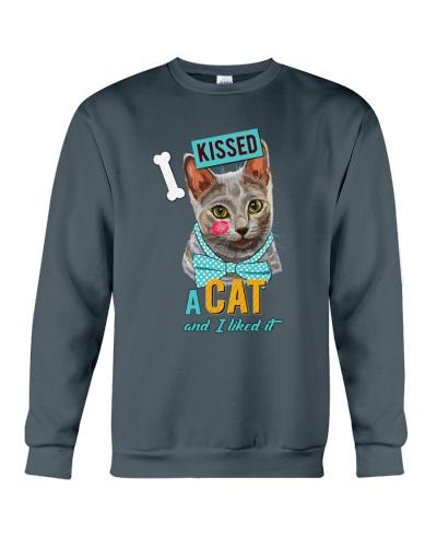 Cat kissed