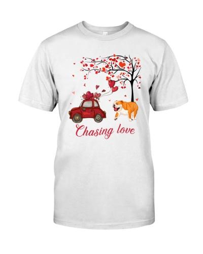 Bulldog Chasing Love