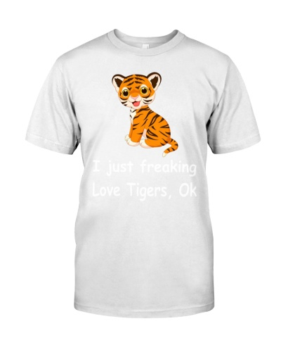 Tiger Christmas Holiday Gift Funny T-Shirt Tee
