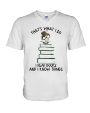 I Read Books V-Neck T-Shirt thumbnail