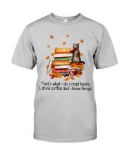 I Read Books Classic T-Shirt tile