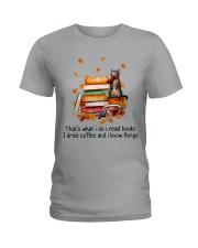 I Read Books Ladies T-Shirt thumbnail