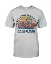 An Old Man With The Long Pipes Classic T-Shirt front