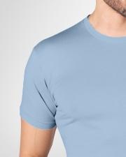 Easily Premium Fit Mens Tee garment-premium-fit-men-tee-detail-front-neck-01