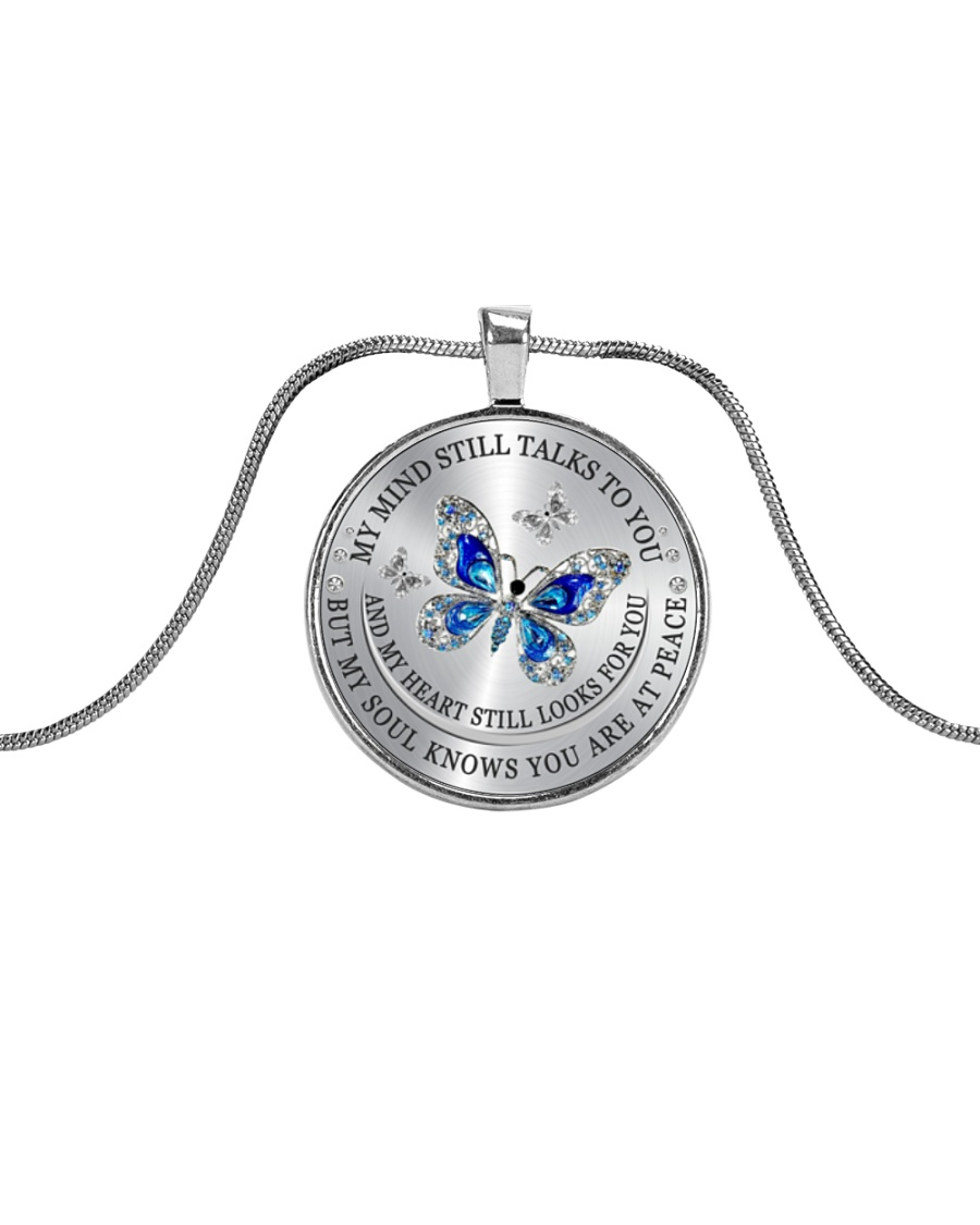 My Mind Still Talks To You Metallic Circle Necklace