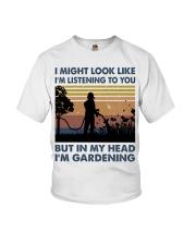 I'm Listening To Tou Youth T-Shirt thumbnail