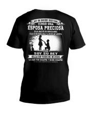 Soy la afortunada - T11 Noviembre Husband V-Neck T-Shirt thumbnail