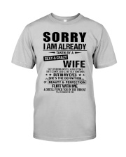 Gift for Boyfriend -  wife - TINH00 Classic T-Shirt front