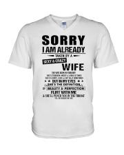 Gift for Boyfriend -  wife - TINH02 V-Neck T-Shirt thumbnail