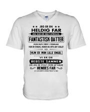 PERFEKT GAVE TIL DIN FADER - 02 V-Neck T-Shirt thumbnail