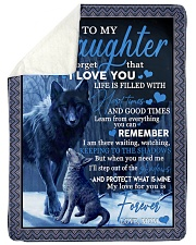 To my daughter never forget that i love you gift Sherpa Fleece Blanket tile