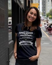 Soy la afortunada -Q08 Ladies T-Shirt lifestyle-women-crewneck-front-5