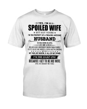 Spoiled wife - T04 April Classic T-Shirt front