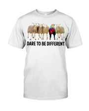 Pug hippie Classic T-Shirt front