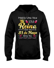 Reina 30 de Mayo Hooded Sweatshirt thumbnail