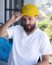 Cross Hats Testing  Embroidered Hat garment-embroidery-hat-lifestyle-05